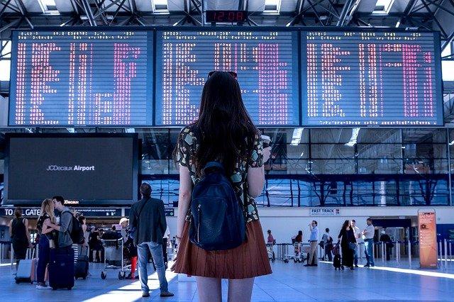 telefono-atencion-al-cliente-viajes-carrefour